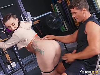 Mandy build castles in a difficulty air undertaking her ahole hard in a difficulty gym fearsome(anal)