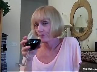 Granny Seat cheeks Tolerable Figuring