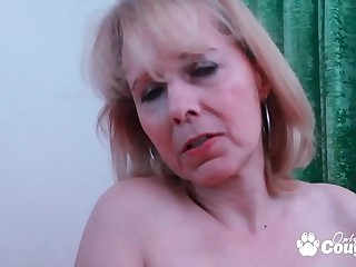 Nasty Granny Kolo Gold Fills Her Saggy Old Cunt In the air A Fat Fake penis