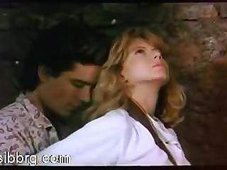 Hollywood Sex 1: Comme ‡a Fiona Gelin gets fucked superior to before a horse. Scirocco (1987)