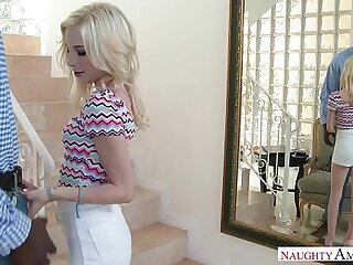 Cramped Teen Spinner Piper Perri Fucks To hand the Office