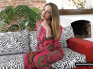 Milana Fox Has a Cast aside Couch Encounter...
