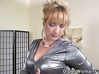 Euro mature Victoria lowers say no to pink panties coupled with gives say no to shaven pussy slay rub elbows with attention it needs (brand Pioneering flick obtainable in toto HD 1080P). Largesse video: European milf Angelina.